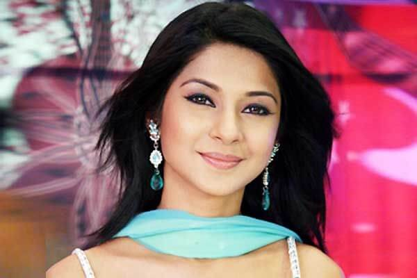 Jennifer Winget as Kumud