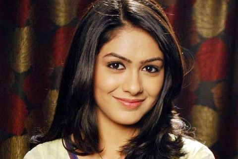 Kumkum Bhagya All Characters Real Names with photographs