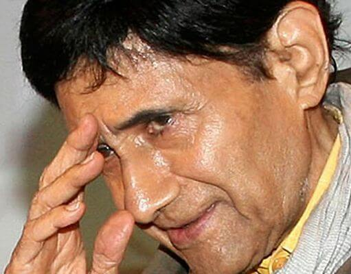 dharm dev anand Dharam dev pishorimal anand (26 september 1923 - 3 december 2011), better known as dev anand, was an indian film actor, writer, director and producer known for his work in hindi cinema.