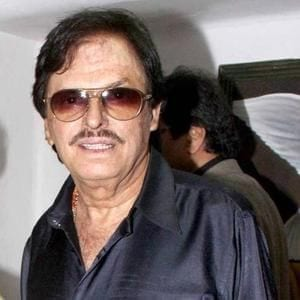 Sanjay Khan real name is Abbas Khan