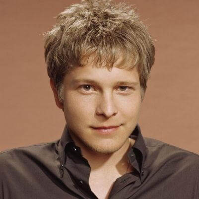 Cary Agos real name is Matt Czuchry