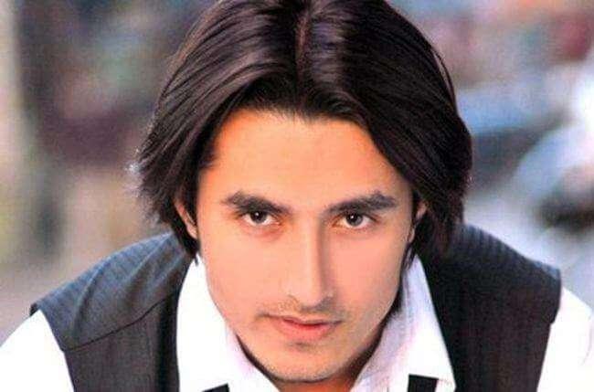 Rafi Malik aka Rajveer Raghuvanshi