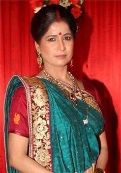 Samrat's mother aka Geeta Tyagi
