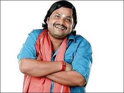 Jitu Shivhare as Gadha Prasad