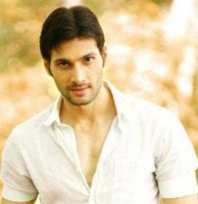 Mahabharat TV Serial All Characters Real Names With Photographs : Karna real name is Aham Sharma