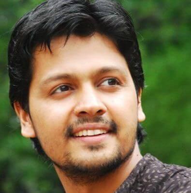 Mohit Dagga as Vitthal Jadhav