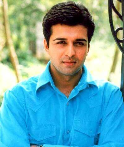 Sachin Shroff as Girish