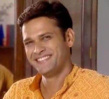 Sameer Dharmadhikari as Suddhodana
