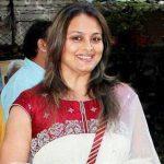 Shilpa Shirodkar as Kamla Vitthal Jadhav