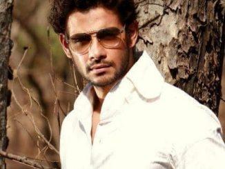 Viraf Patel as Mrityunjay Singh Shekhawat