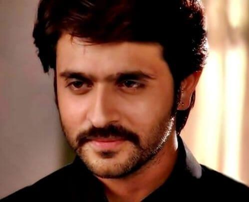 Ranveer aka Ashish Sharma