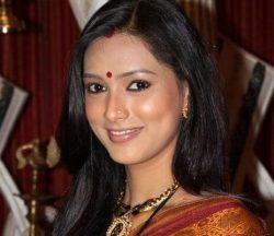 Gauri Kapoor Meera aka Pallavi Subhash