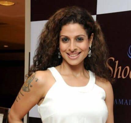 Lisa D'Souza aka Tanaaz Irani