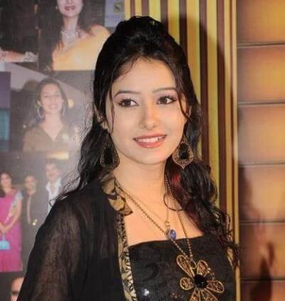 Paridhi Sindhia aka Leena Jumani
