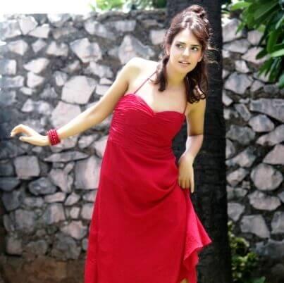 Anika Sarkar Bhalla aka Neelam Sivias