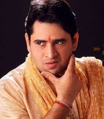 Gangaram Chiplunkar aka Shashikant Dwivedi