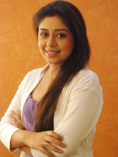 Chand Chupa Badal Mein Cast Real Names with Photographs