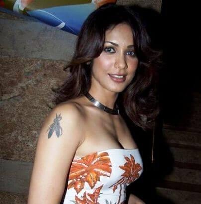 Raveena Anand aka Aparna Kumar