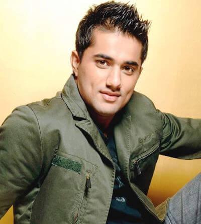 Vinay Sinha aka Vishal Karwal