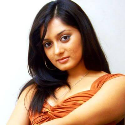 Naina Patwardhan aka Parvati Vaze