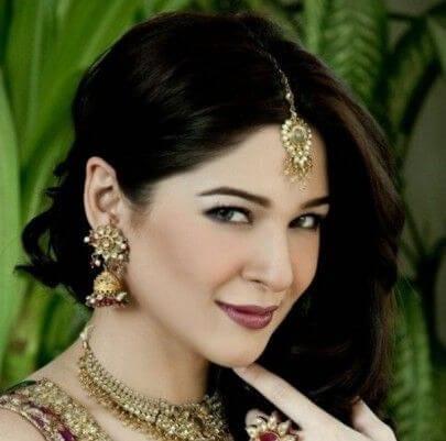 Sara Junaid aka Ayesha Omer