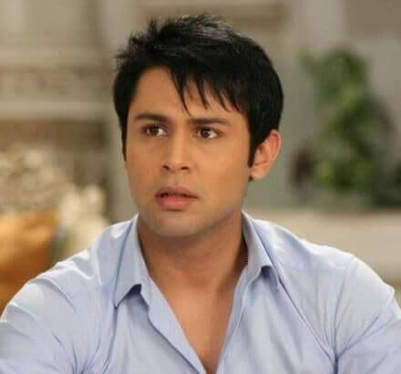 Aditya aka Sudeep Sahir