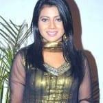 Meenakshi Kumar aka Ojaswi Oberoi
