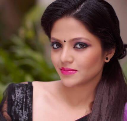 Rati Sharma aka Divyangana Jain