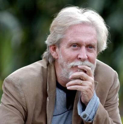 Vishwapramukh aka Tom Alter