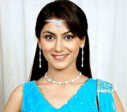 Pragya Abhishek Prem Mehra original name is Sriti Jha