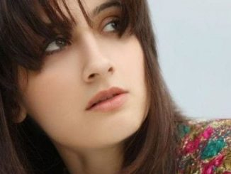 Durga Thakur original name is Sanjeeda Sheikh