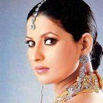 Saroj/Pushpa aka Dolly Sohi