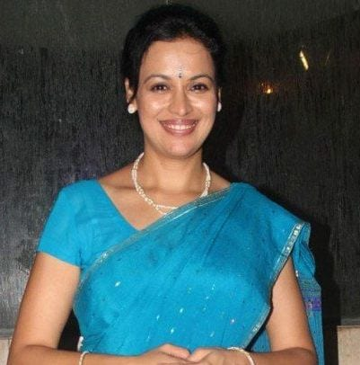 Suchitra Goenka original name is Jyoti Gauba