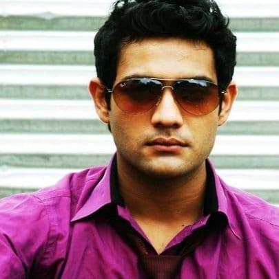 Ashish Zorawar Shergill original name is Karaan Singh