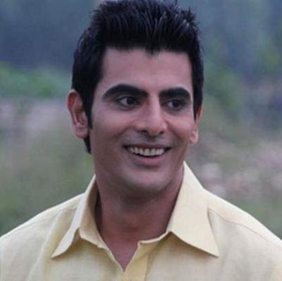 Piyush Raheja/ Abhishek Chauhan original name is Rohit Bakshi