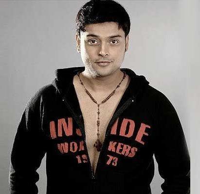 Akshat Shergill original name is Amit Pachori
