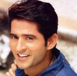 Anurag Basu original name is Hiten Tejwani