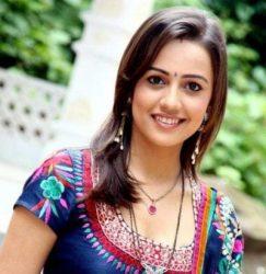 Kritika Anand Shergill original name is Esha Kansara