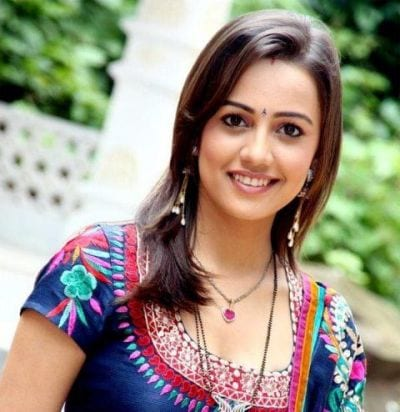 Kritika Anand Shergill original name is Esha Kansara