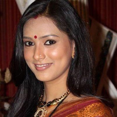 Gauri Kapoor original name is Pallavi Subhash