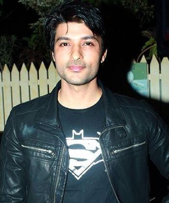 Sujal Garewal original name is Rajeev Khandelwal