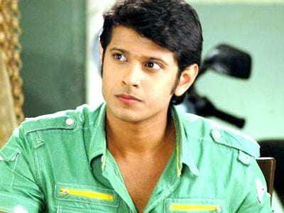 Kesar original name is Neil Bhatt