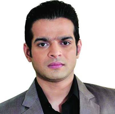 Vivan Kapoor original name is Karan Patel