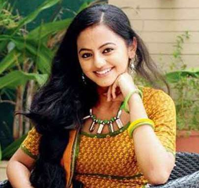 Alakshmi / Laxmi Kishan Kapadia original name is Hally Shah