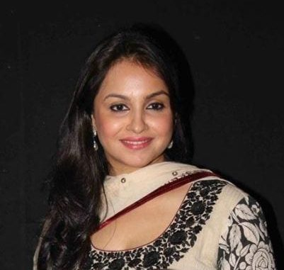 Dr. Juhi Singh/Mehra original name is Gurdeep Kohli