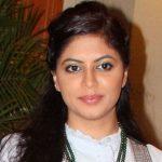 Maina Shukla original name is Kavita Kaushik