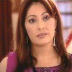 Meera Srivastava original name is Kavita Kapoor