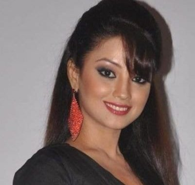 Rajkumari Amrit Tej Malik nee Sodhi / Rajjo original name is Adaa Khan