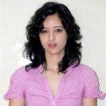 Ria Oberoi original name is Priya Wal