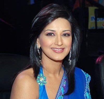 Shobha Sachdev original name is Sonali Bendre